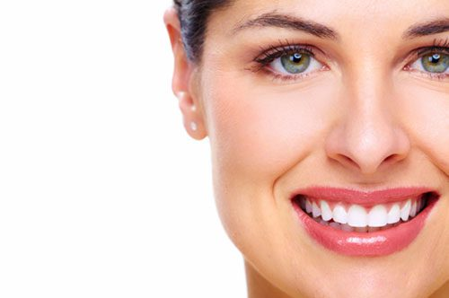 Transform Your Smile With Teeth Whitening (infographic)